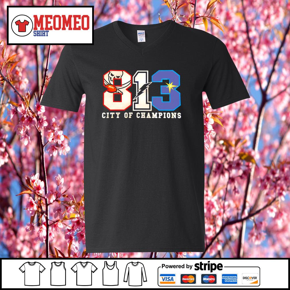 813 Winners Bucs Bolts Rays city of champions s V-neck-T-shirt