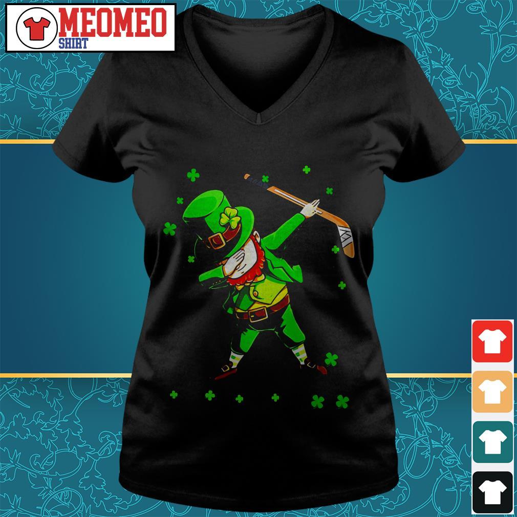 St Patrick's Day Irish hockey sports V-neck t-shirt